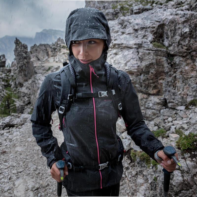 Comment mesurer l'imperméabilité d'une veste de randonnée ?