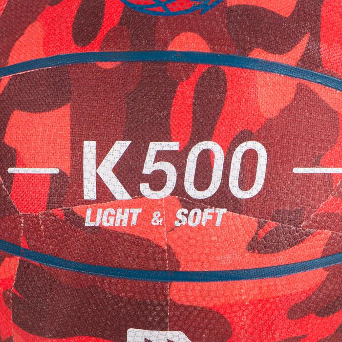 Ballon de basket K500 rouge pour enfant basketteur débutant jusqu'a 7 ans.