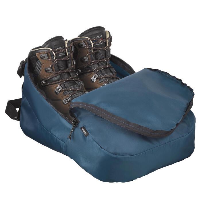 Housse de rangement pour chaussures de trekking et de randonnée.