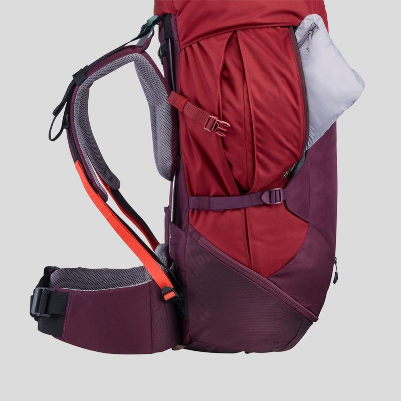 Sac à dos de trekking en montagne femme _PIPE_ TREK 100 EASYFIT 50L rouge jed