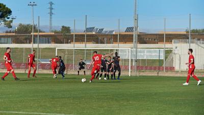 N%C2%B010-Football.jpg