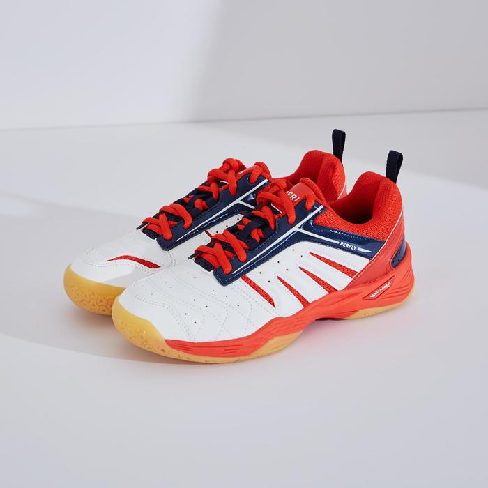 青少年款羽球鞋BS 560白色及紅色配色