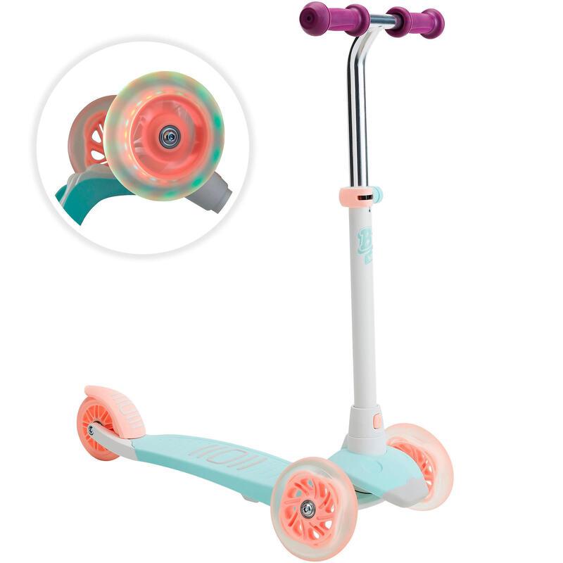Işıklı Çocuk Scooterı - 3 Tekerlekli Scooter -B1 500