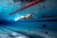 Окуляри для плавання 900 B-Fast з дзеркальними лінзами - Чорні/Червоні