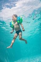 Maillot de bain bébé boxer bleu