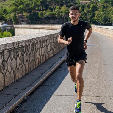 Is your running posture correct? Here's a guide to proper running form.