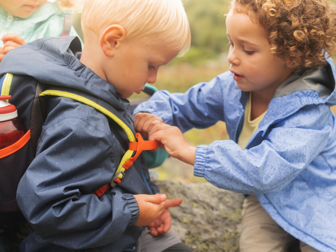 a roupa correta para as crianças na caminhada conselhos quechua