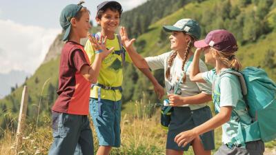 activite-enfant-randonnee-dehors-jardin-montagne-3.jpg