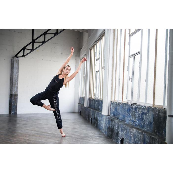 Dansvoetjes voor modern jazz en hedendaagse dans huidskleur