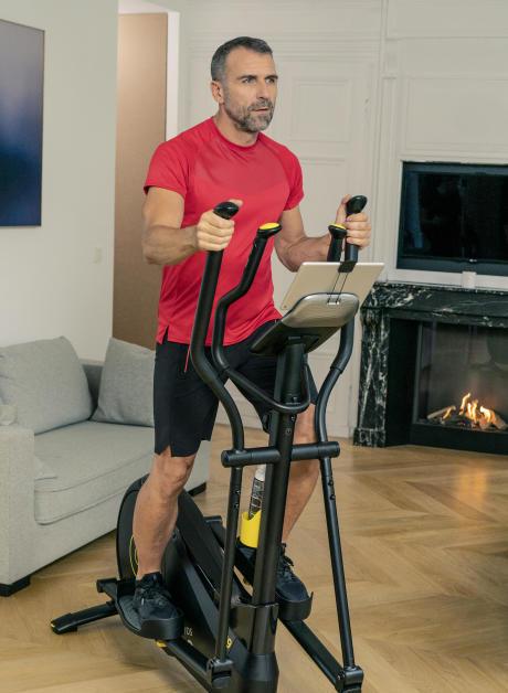echauffement avec un vélo elliptique - decathlon