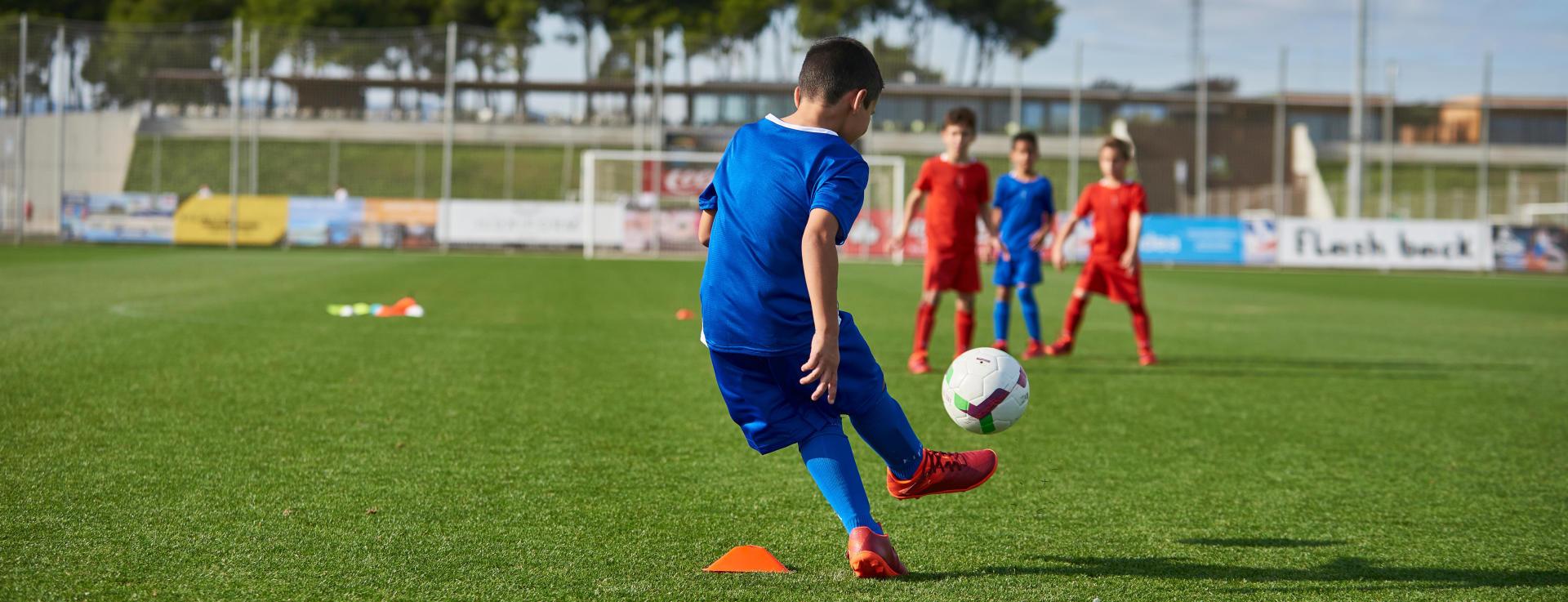 Accompagner-son-enfant-au-football