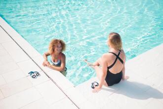 4 Swimming Beginner's Essentials for Women