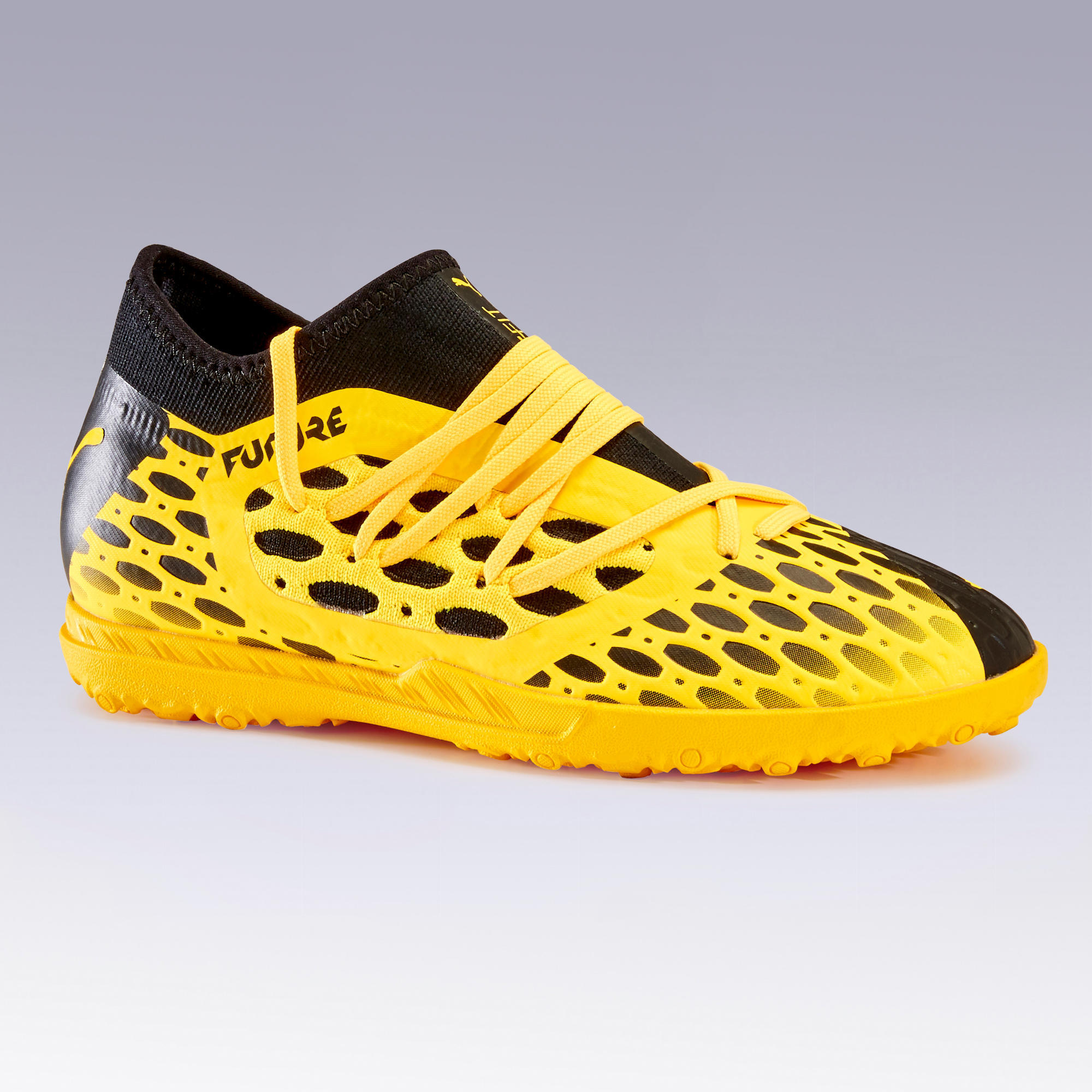 chaussures de football puma future