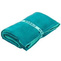 Compacte microvezel handdoek groen maat L 80 x 130 cm