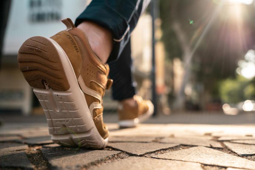 健走需要一雙健走鞋