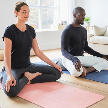 tenuta yoga | DECATHLON