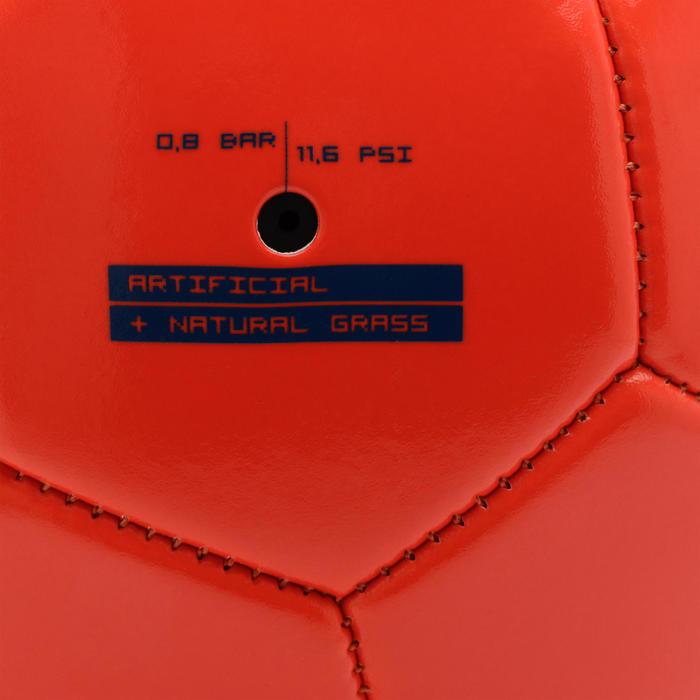 Voetbal F100 maat 4 (kinderen van 8 tot 12 jaar) rood