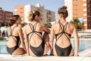 quel équipement pour démarrer en natation synchronisée ?