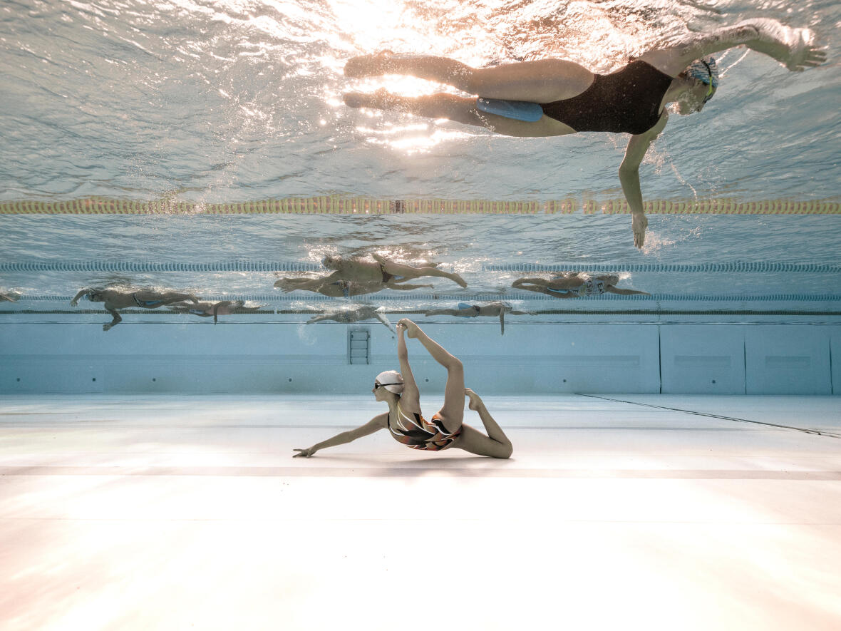 ARTISTIC (OR SYNCHRONISED) SWIMMING