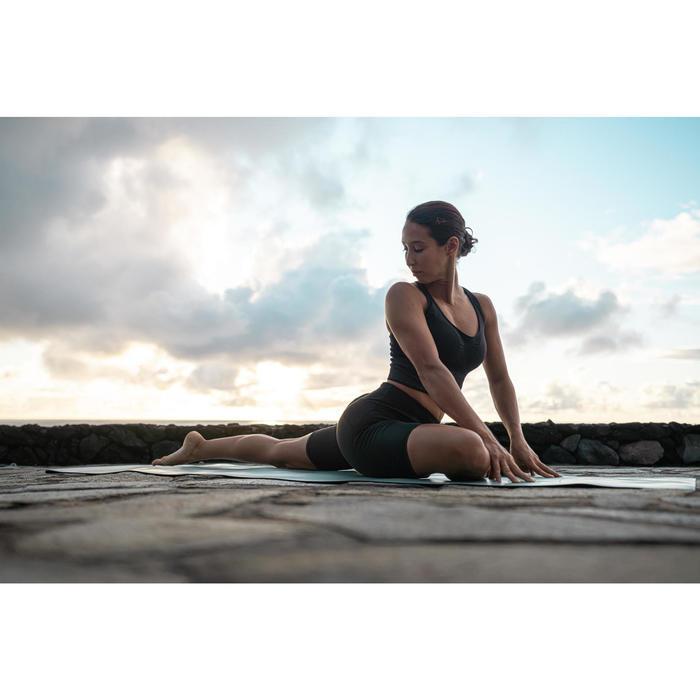 女款動態瑜珈短褲 - 黑色