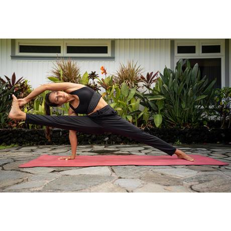 dynamic yoga mat grip  5mm  pink  domyosdecathlon