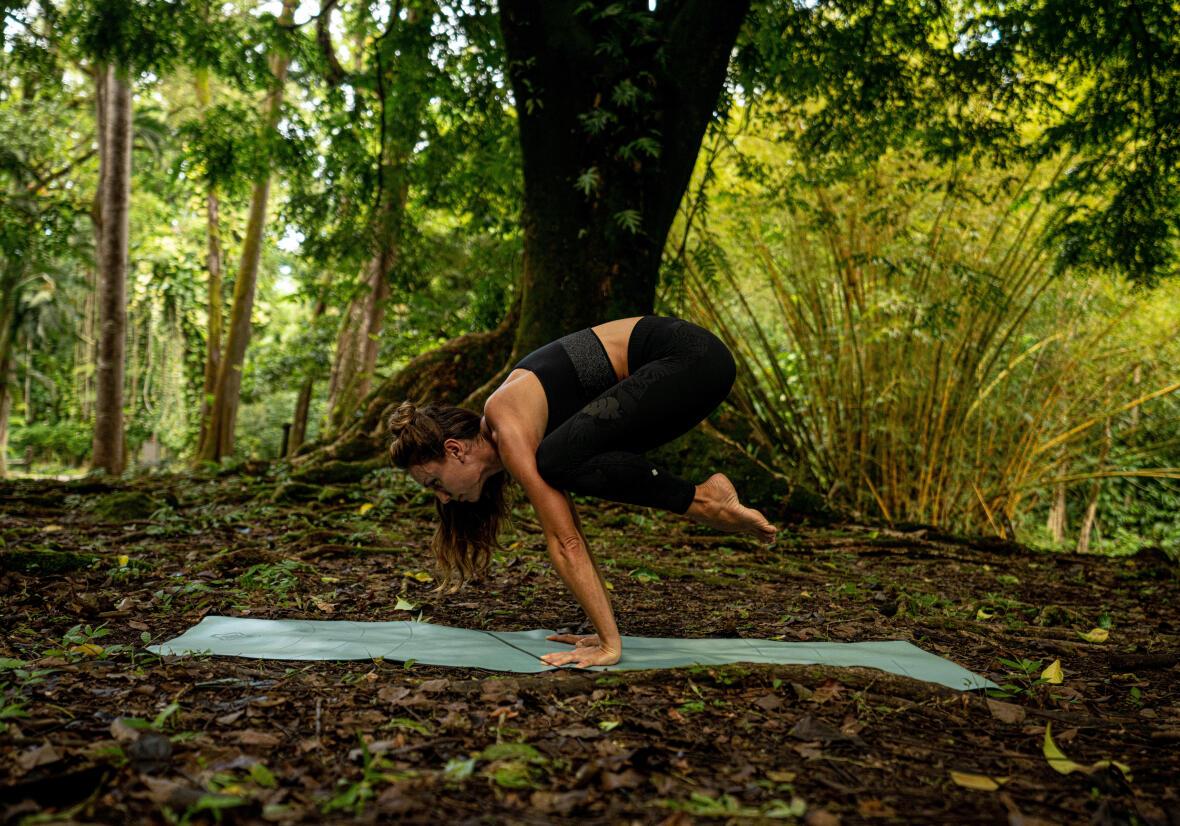 5 reasons to begin hiking-yoga quechua