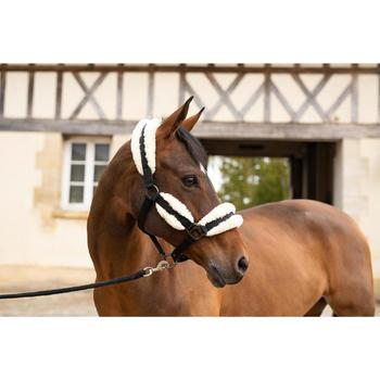 Licol mouton équitation cheval noir et beige.
