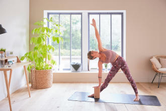 5 Day Intro Yoga Challenge : Day 4 - Hip Openers and Thigh Stretches