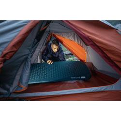 Slaapmat voor trekking zelfopblazend Trek 500 L blauw