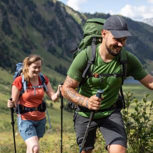 les bienfaits du trekking en montagne