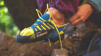 comment-choisir-chaussons-escalade-salle-falaise-bloc.jpg