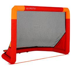 Opblaasbaar voetbaldoeltje Air Kage Pump 95x70 cm rood/oranje