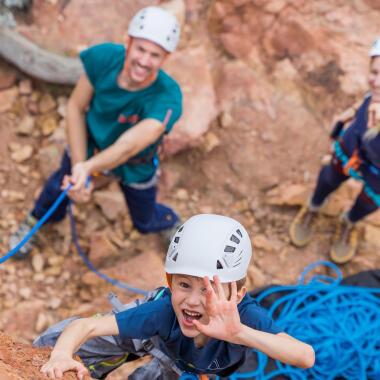 Comment choisir mon casque pour l'escalade et l'alpinisme ?