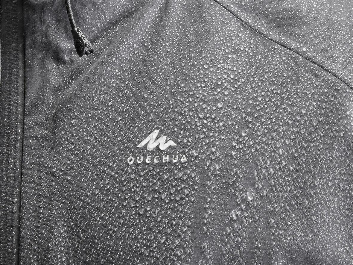 couche-3-veste-impermeable-pluie-randonnee-montagne