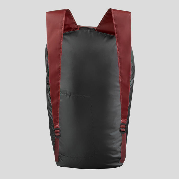 Compacte rugzak voor backpacken 10 liter Travel 100 rood