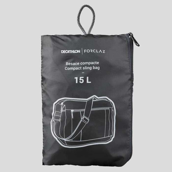 Schoudertas voor backpacken Travel 100 zwart 15 liter