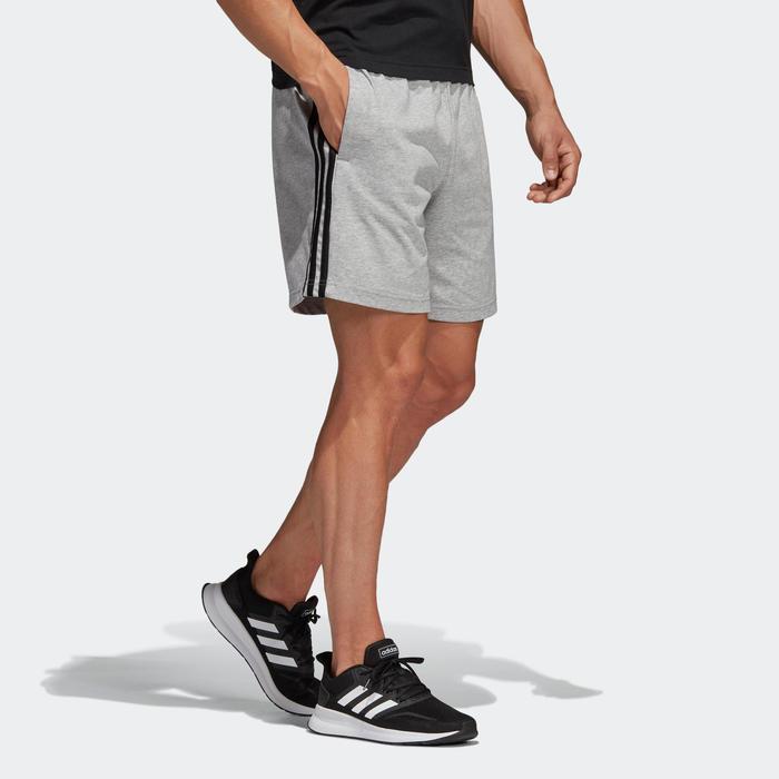 Short de sport Adidas Essentials gris homme