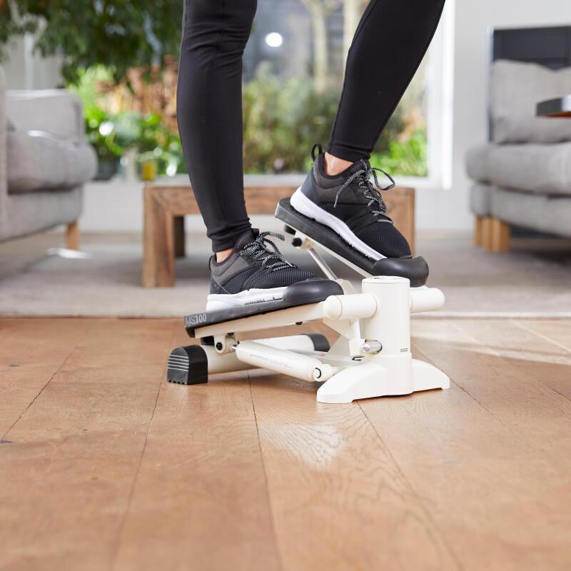 STEPPERUL – CARE SUNT BENEFICIILE + CELE MAI EFICIENTE EXERCIȚII PENTRU SLĂBIT