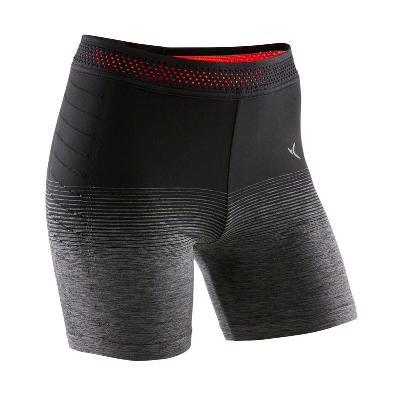 Celana Pendek Senam Breathable Teknis Perempuan S900 - Hitam