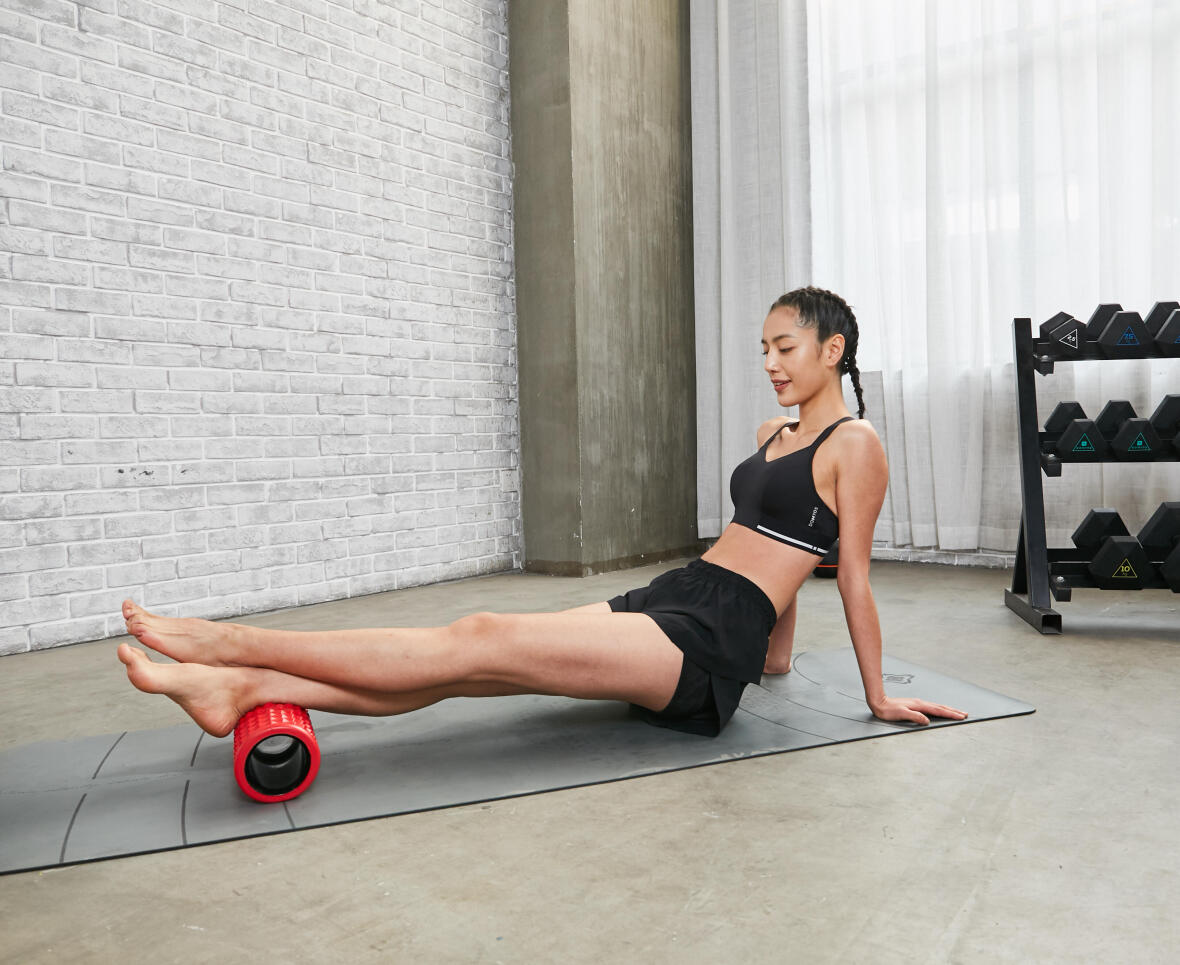 massage foam rollers to release muscle pain and sore
