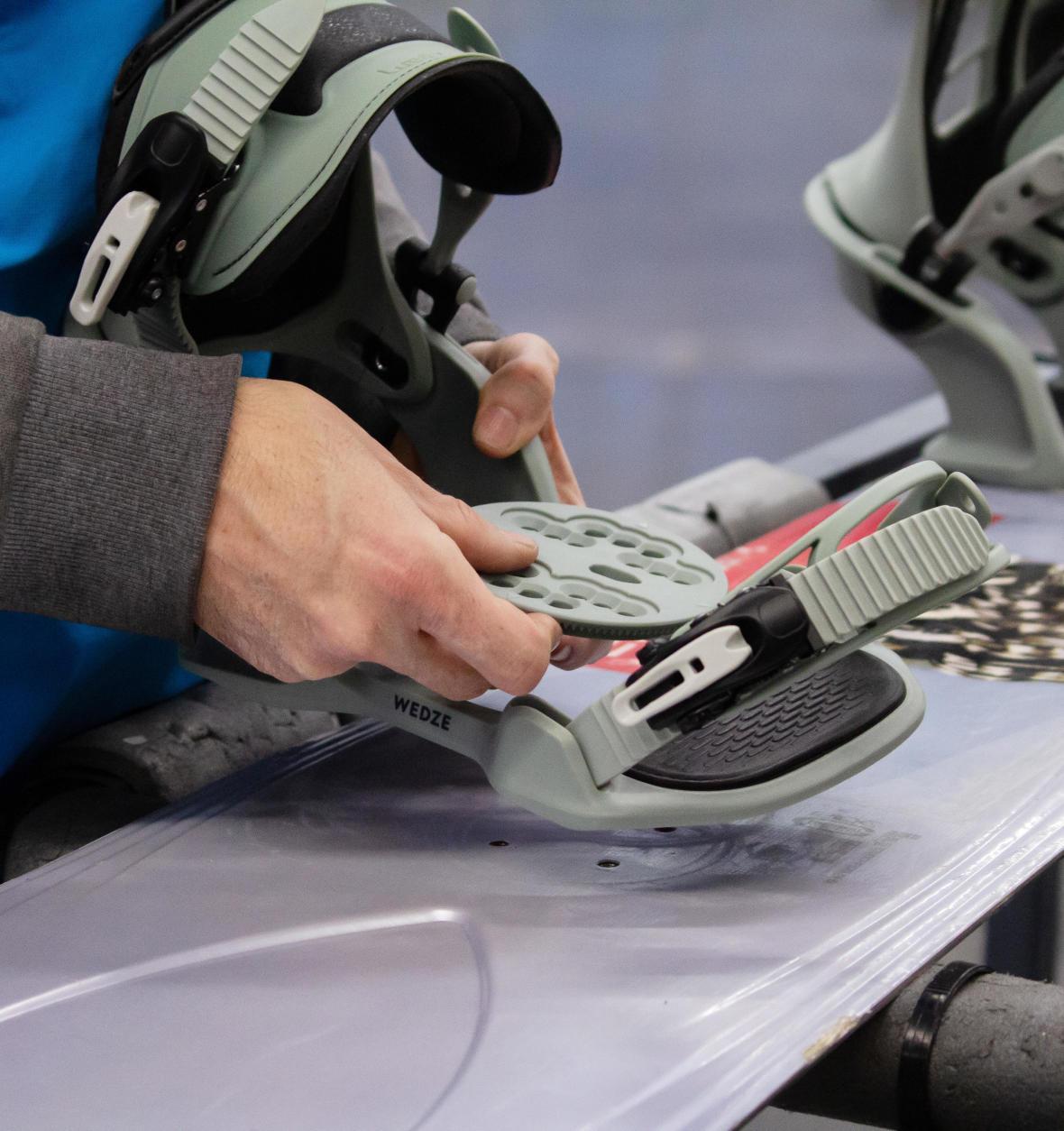 snowboard binding angle