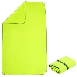 Toalha de natação de microfibras amarela fluorescente tamanho L 80 x 130 cm