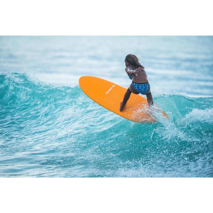 Planche de surf en mousse 6' 500. Livrée avec 1 leash et 3 ailerons .