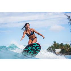 Prancha de Surf em espuma 500 7' com um leash e 3 quilhas.