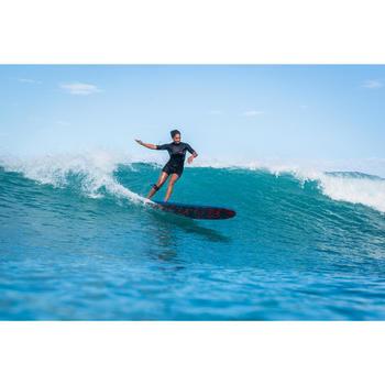 """Planche de surf en mousse 8'6"""" 500. Livrée avec 1 leash et 3 ailerons."""