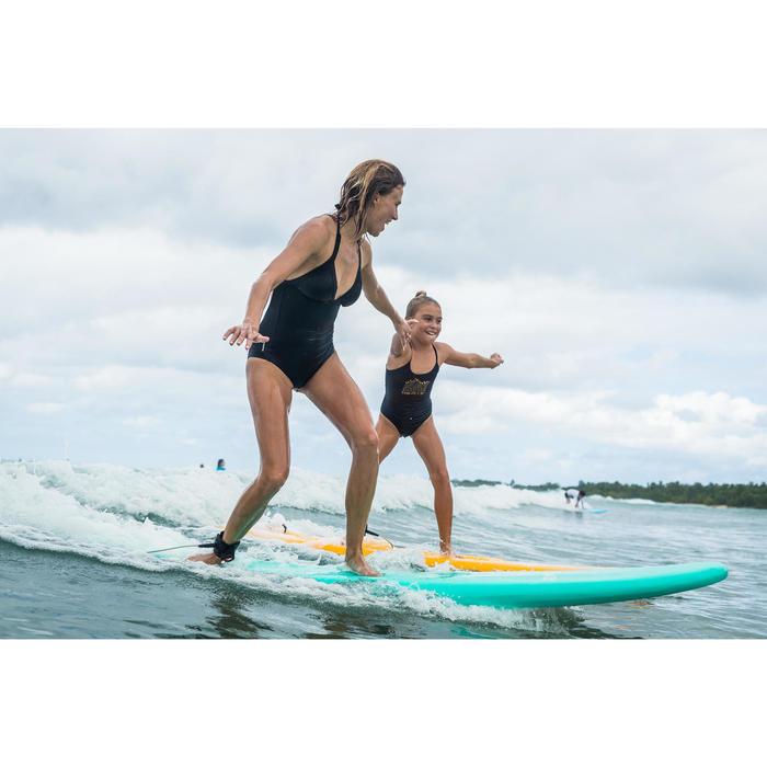 PLANCHE DE SURF EN MOUSSE 100 7'5 Livrée avec un leash et 3 ailerons .