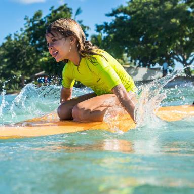 protection solaire surf vêtements anti uv
