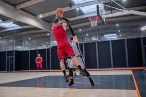 tir-suspension-homme-basketball
