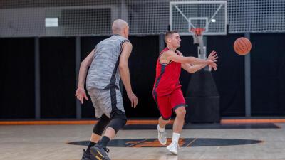 passes-basketball.jpg