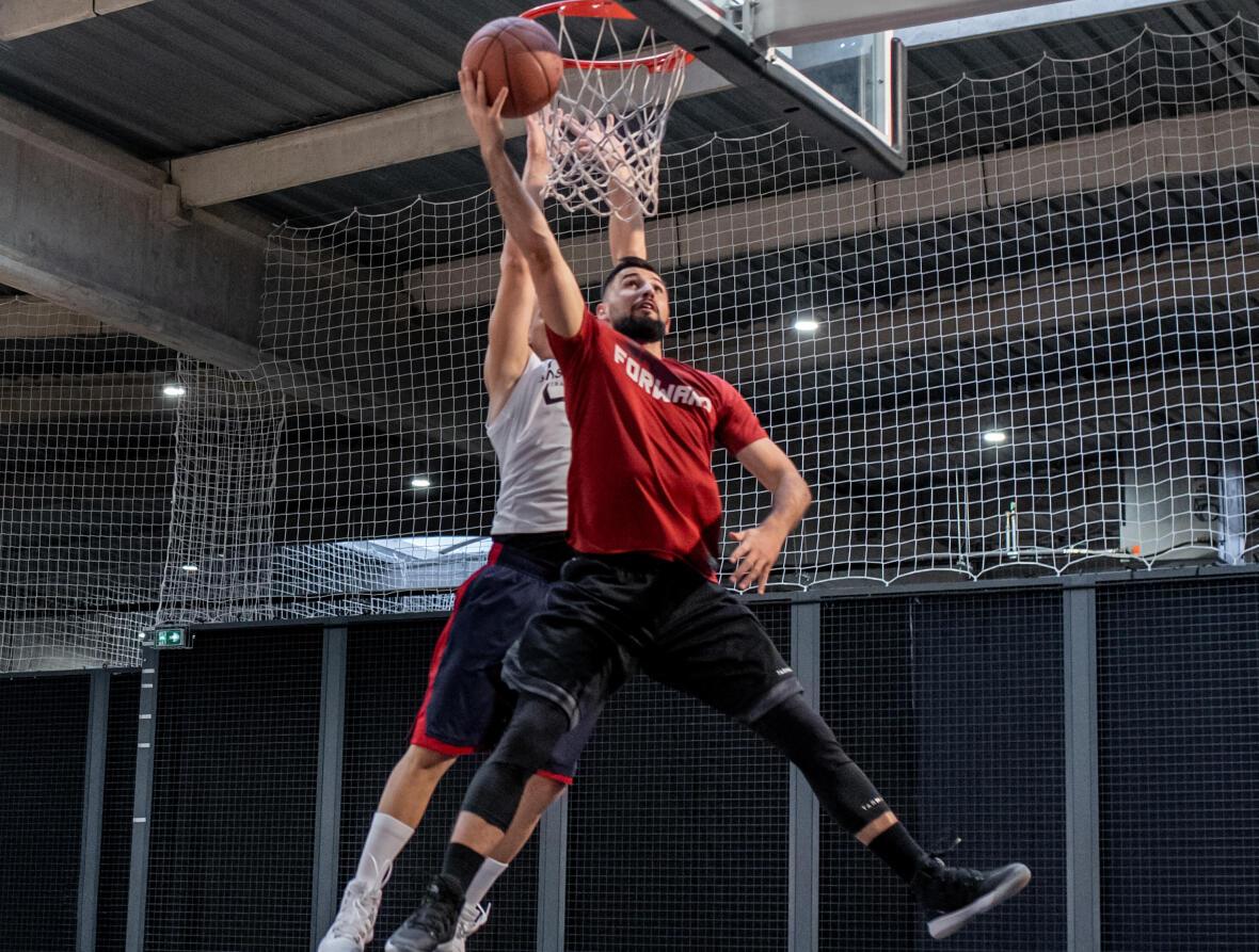 paniers-tir-ballon-basketball-homme